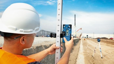 Poprvé s Connectivity: Nový rotační laser od společnosti Bosch pro profesionály