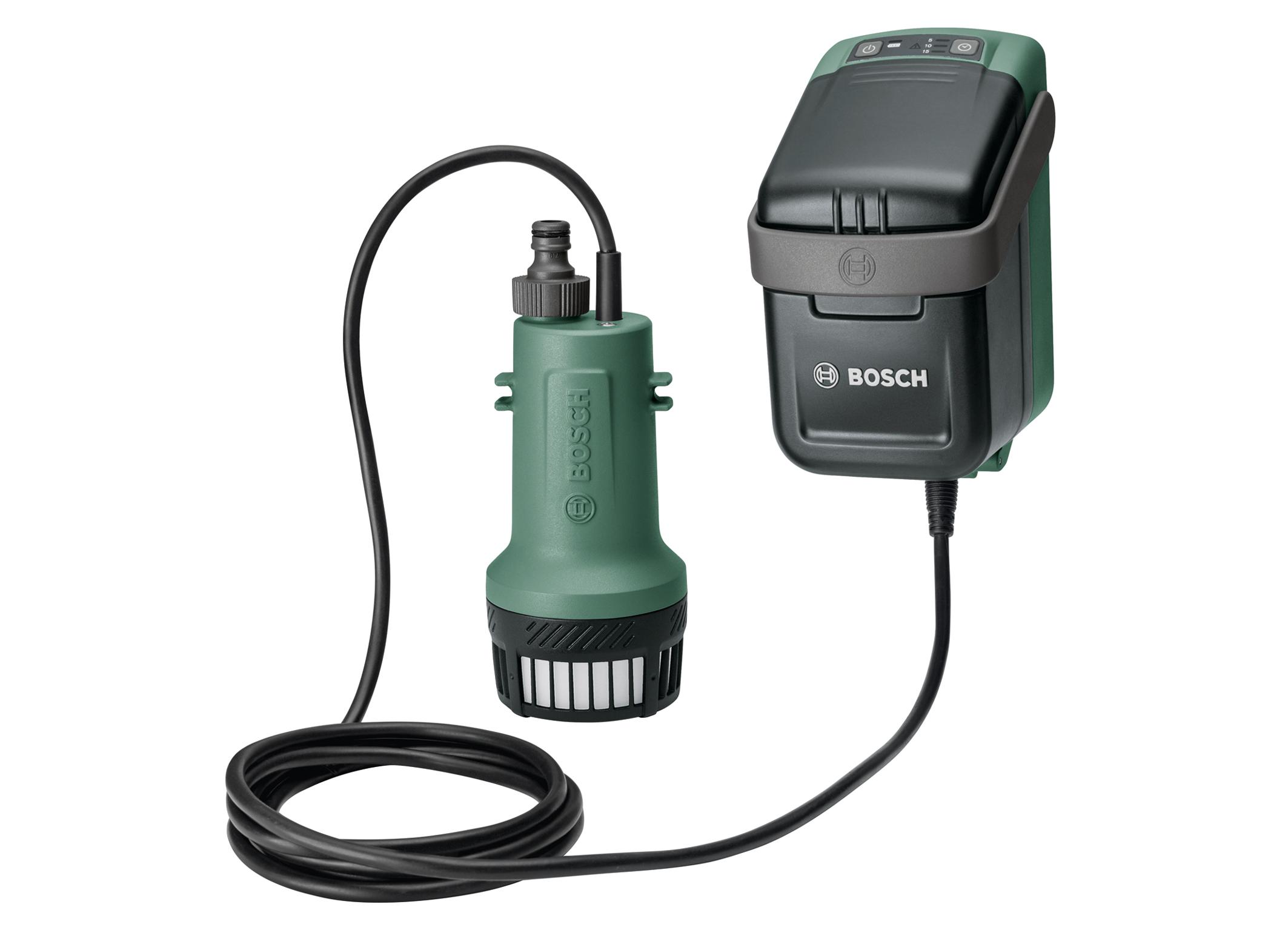 """Rozšíření 18-voltového systému """"Power for All"""": První akumulátorové čerpadlo na dešťovou vodu od společnosti Bosch"""