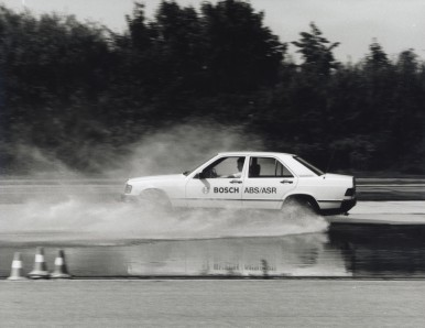 Testovanie ABS a TCS na skúšobnej trati Schwieberdingen v roku 1992