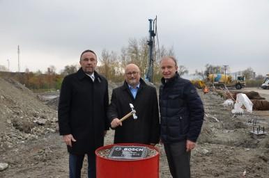Společnost Robert Bosch, spol. s r.o. zahájila stavbu parkovacího domu