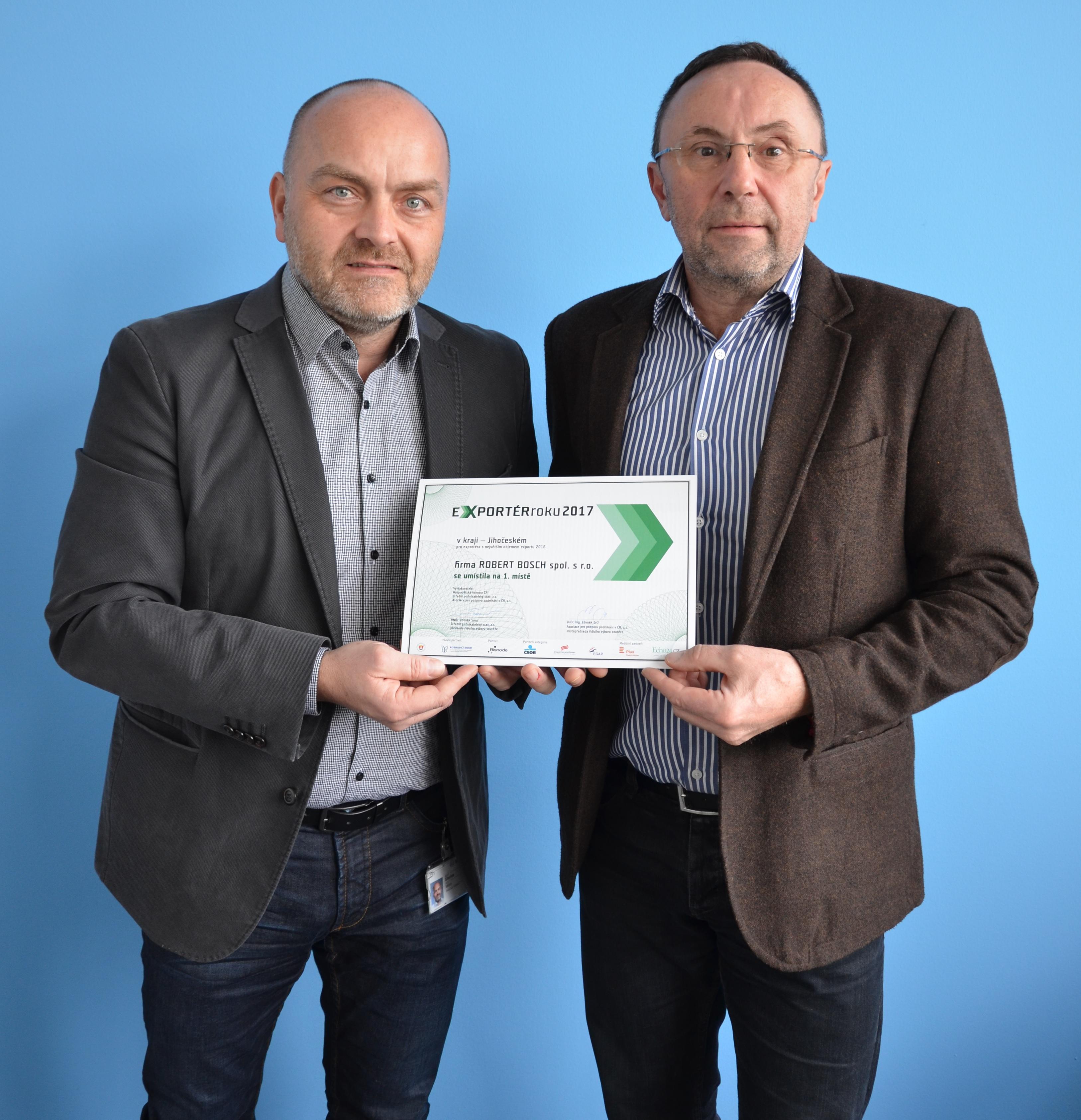 Vedení společnosti Bosch s diplomem za soutěž Exportér roku 2017 - cena pro Robert Bosch České Budějovice s r.o.