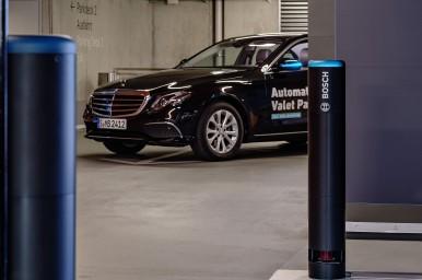 Bosch e Daimler danno dimostrazione del parcheggio autonomo in condizioni reali