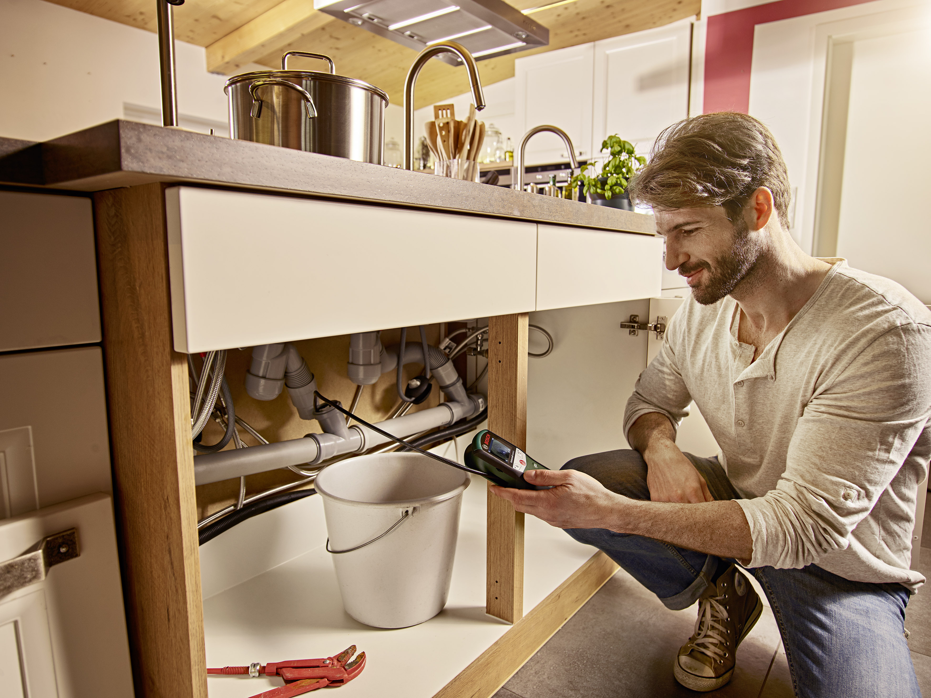 Ispezione e documentazione semplici: telecamera da ispezione UniversalInspect di Bosch