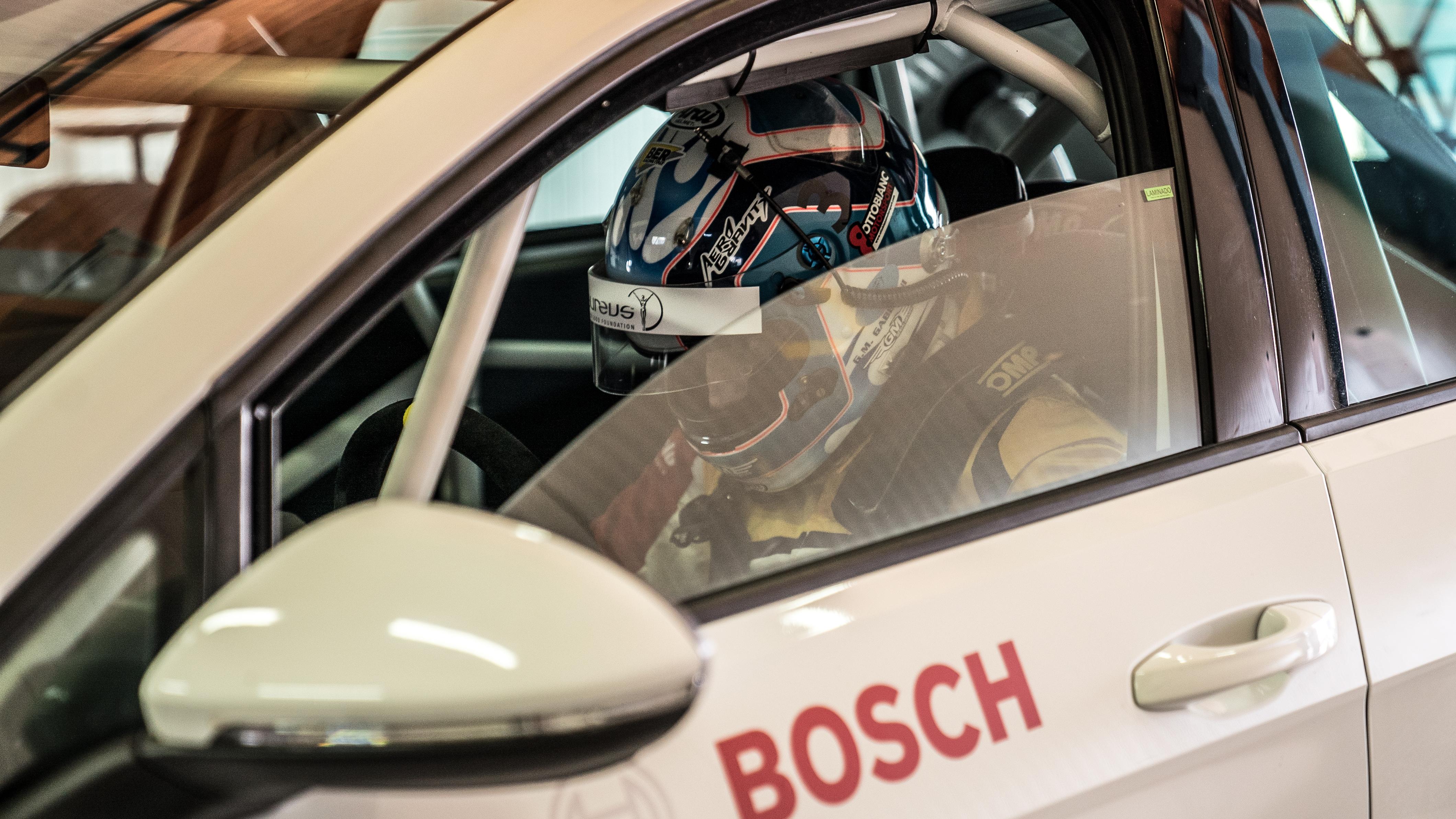 Guida sicura con Bosch TEC