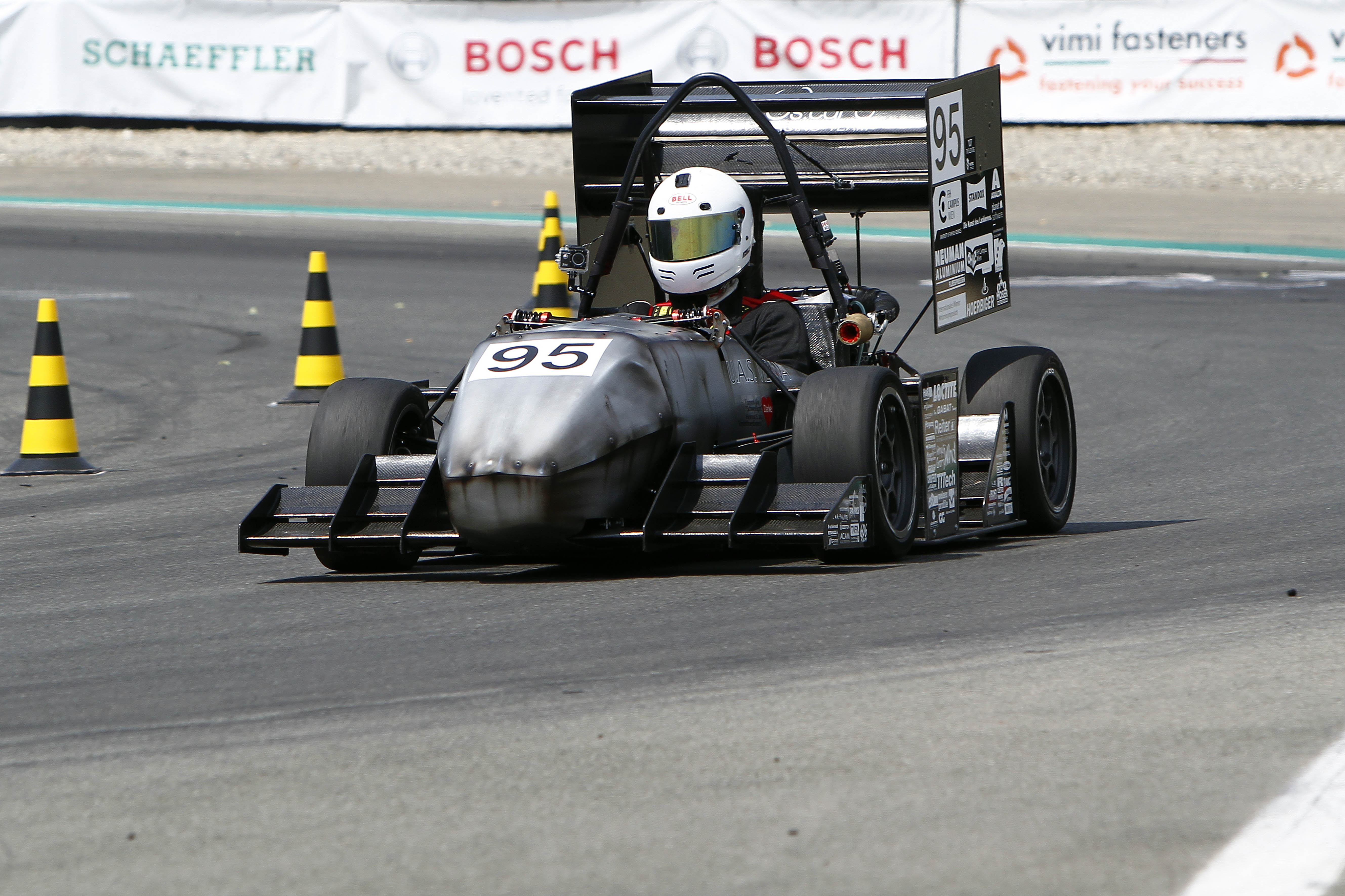 Formula SAE Italy, Formula Electric Italy & Formula Driverless - Bosch a caccia di giovani talenti: focus tecnologia e motori