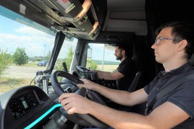 Compagno di viaggio virtuale aumenta la sicurezza degli autocarri sulle strade
