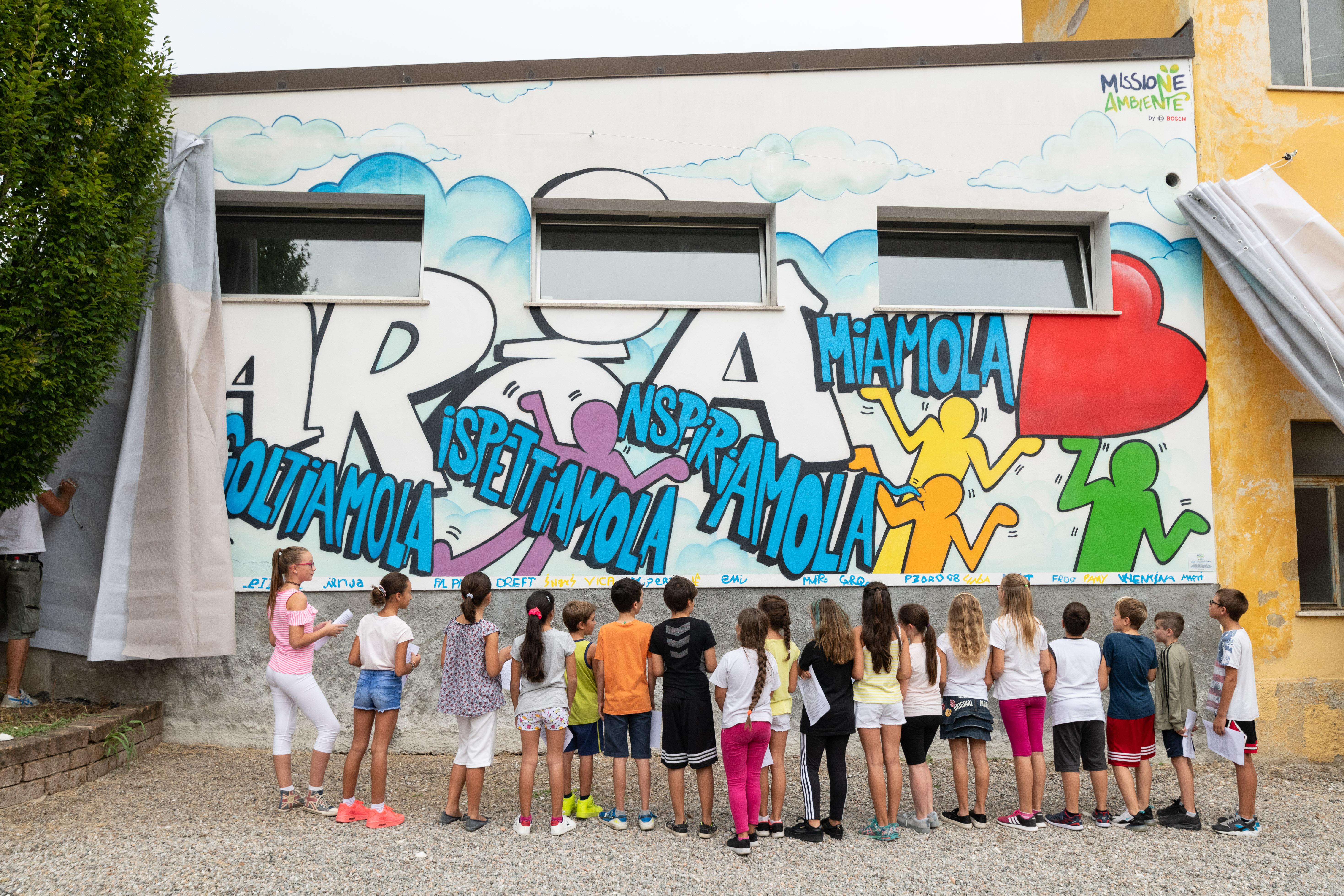"Missione Ambiente by Bosch - ""Opera d'Aria"" sui muri di scuola"