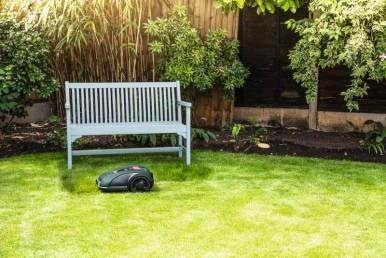 Rozpoczyna się sezon ogrodowy – jaką kosiarkę wybrać?