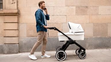 Bezpieczeństwo dziecka i komfort rodziców: Bosch wprowadza na rynek inteligentny napęd elektryczny do wózków dziecięcych