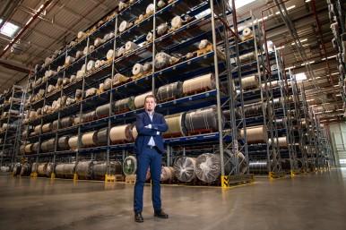 Dawid Nowakowski, dyrektor fabryki w Goleniowie i Członek Zarządu sia Abrasives Polska.
