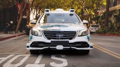 Bosch i Mercedes-Benz rozpoczynają w San José, w Kalifornii, pilotażowy projekt zautomatyzowanej usługi przewozowej