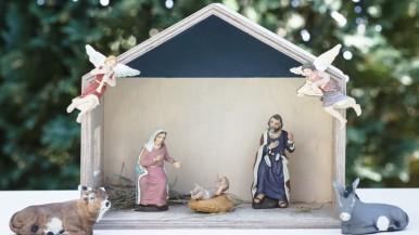 Minimalistyczna szopka – świąteczny element w Twoim domu