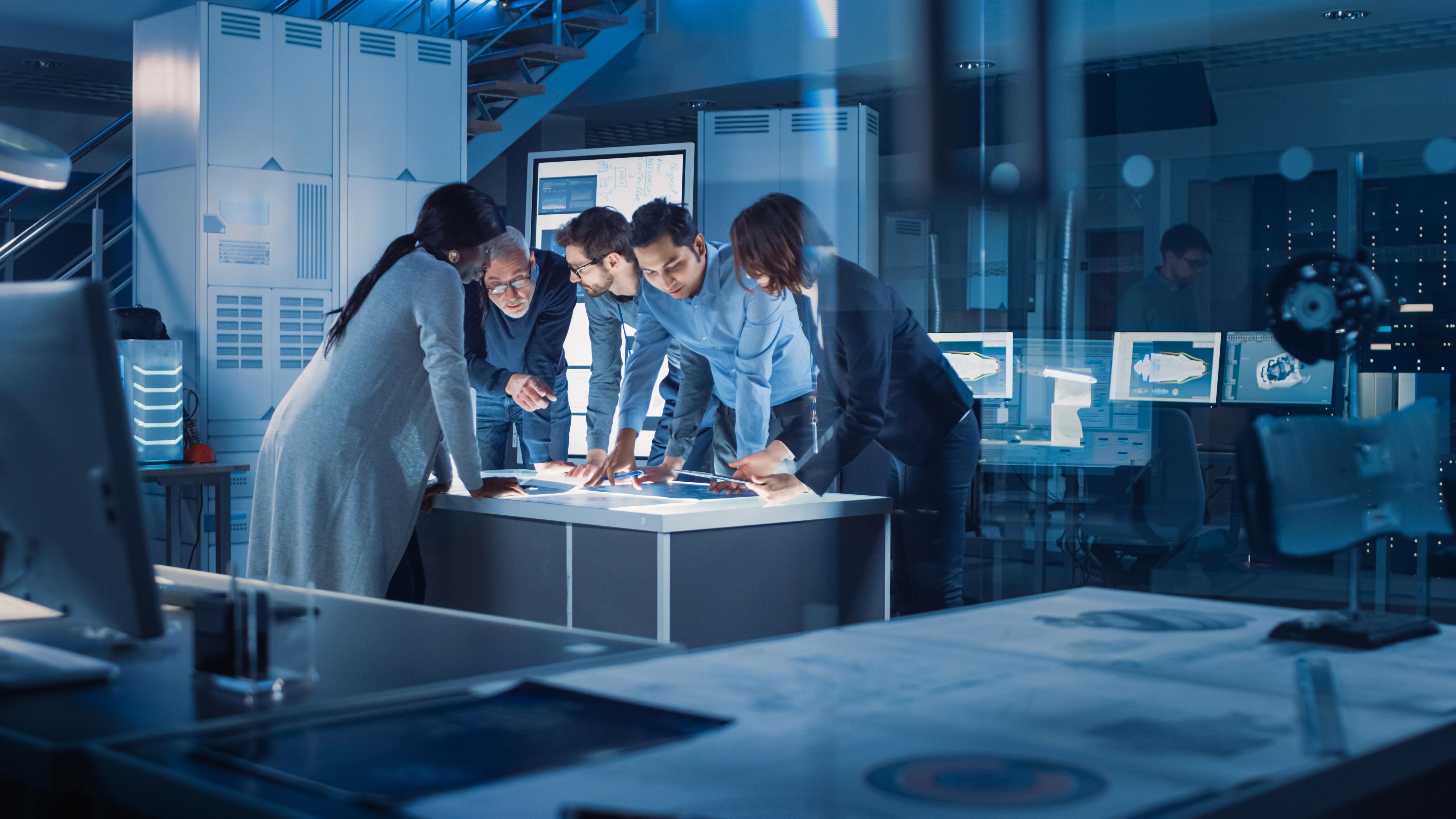Bosch i Microsoft stworzą cyfrową platformę ułatwiającą integrację samochodów z chmurą obliczeniową