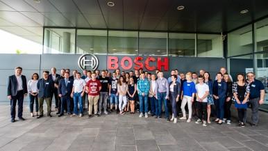 """Finał IV edycji programu edukacyjnego """"Junkers szkoli"""": Junkers-Bosch nagradza n ..."""