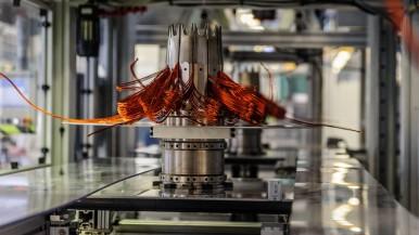 Bosch preia integral controlul asupra producătorului de motoare electrice EM-motive