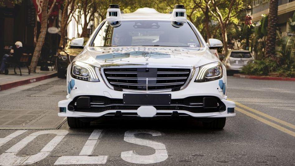 Bosch și Mercedes-Benz demarează proiectul pilot San José pentru serviciul automatizat de transport la cerere