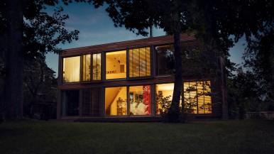 Ediția 2016 a celui mai important târg internațional Light + Building. Tehnologie Bosch de conectare inteligentă a clădirilor
