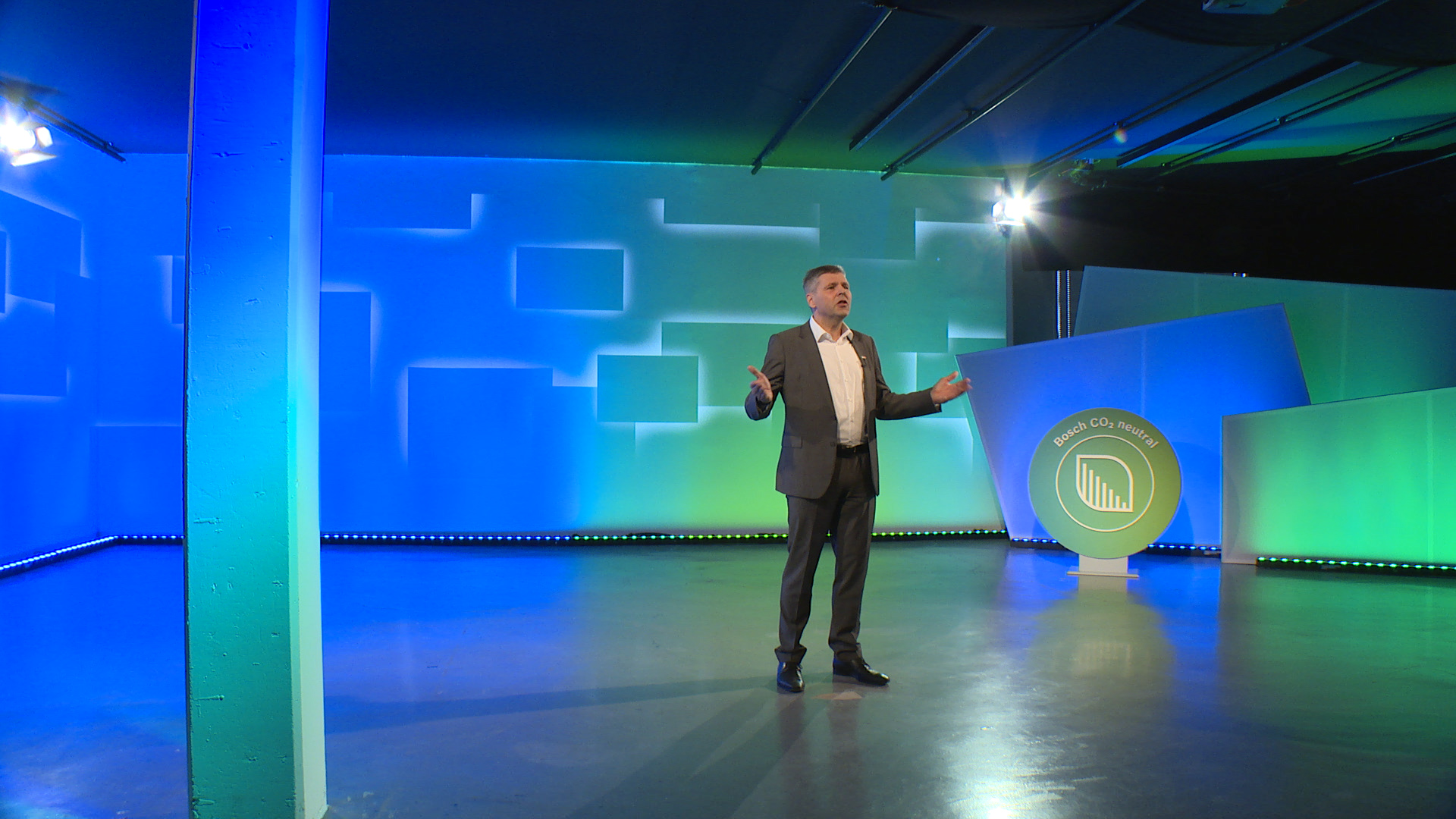 Dr. Michael Bolle (Bosch Board of Management member, CDO & CTO) at CES 2021