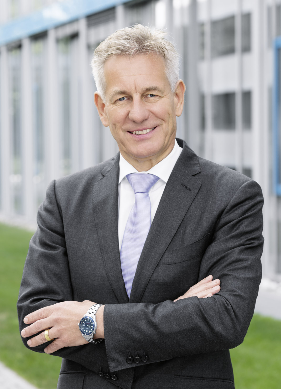 Dr. Eberhard Veit