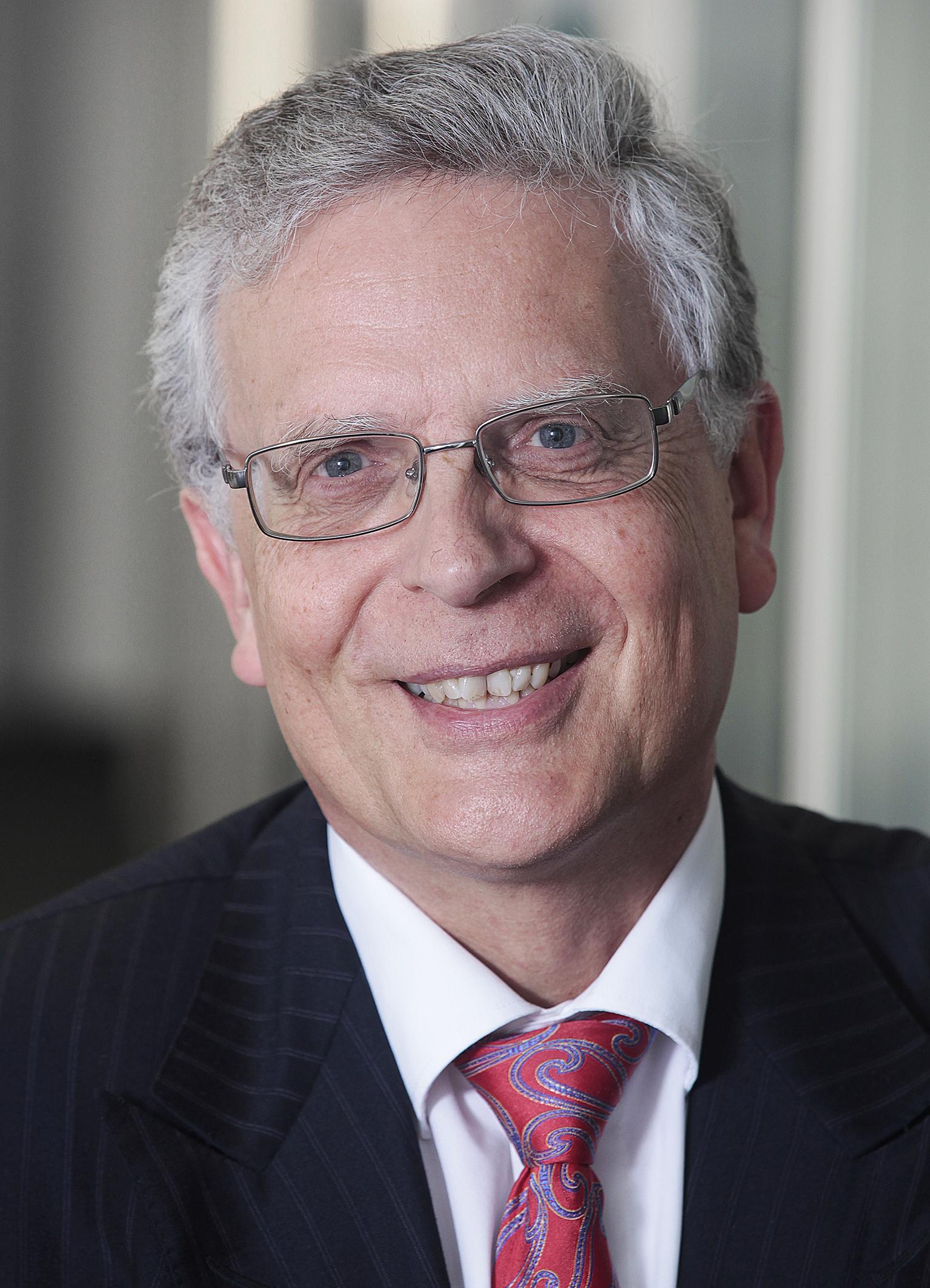 Dr. Georg Hanen