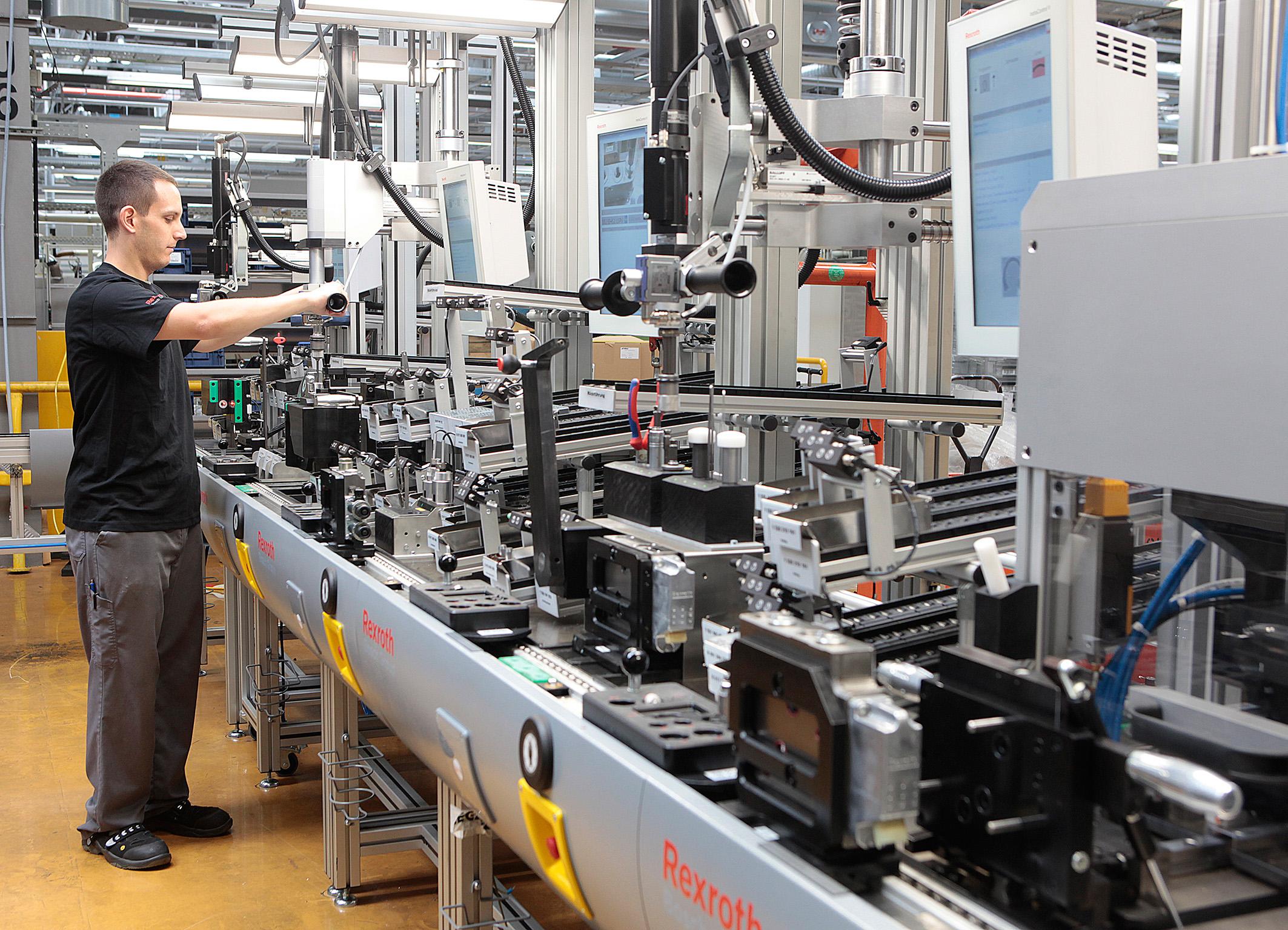Industrie 4.0 – flexible Fabriken und Produktion