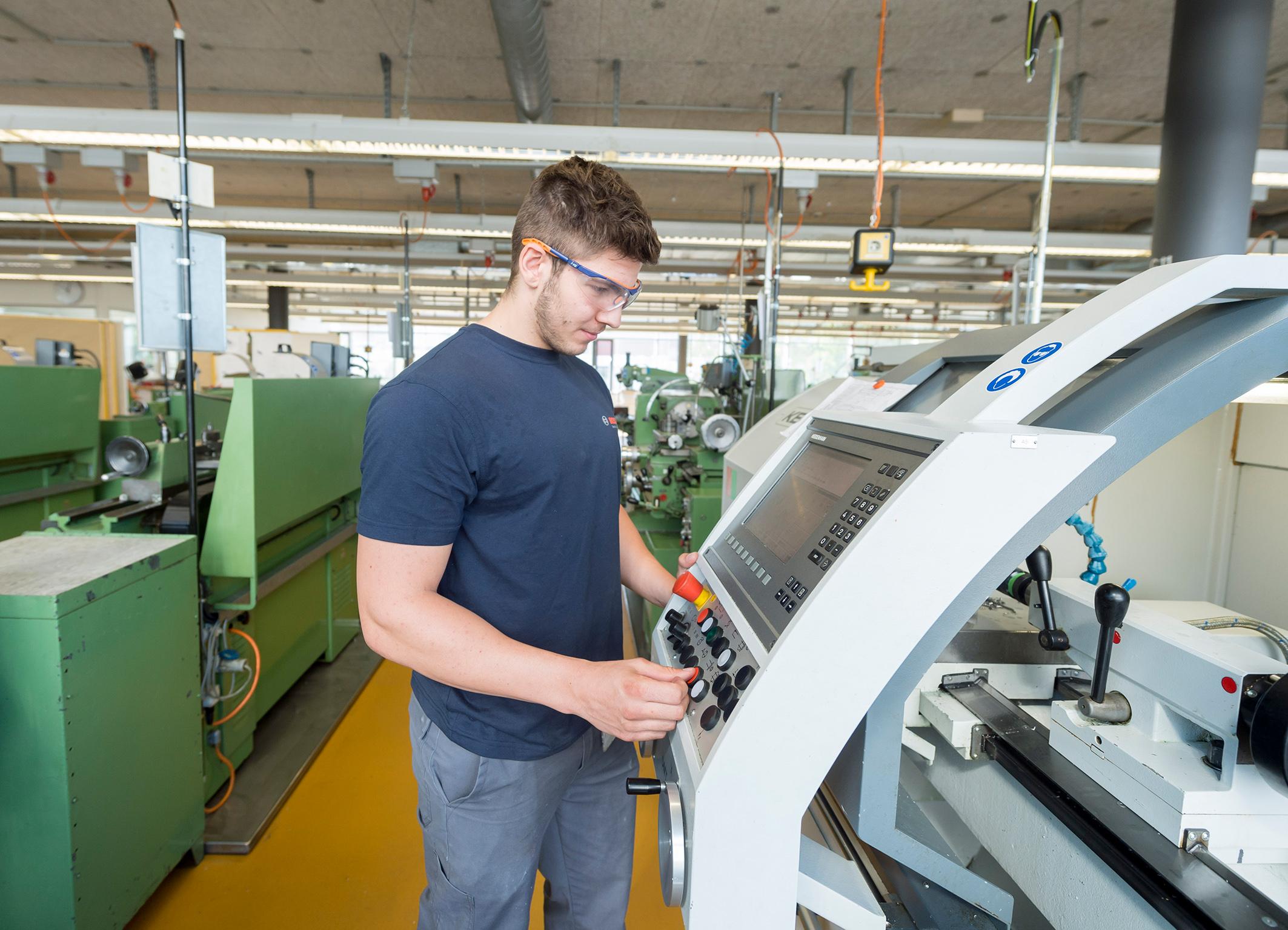 Apprenticeships – expertise for Industry 4.0