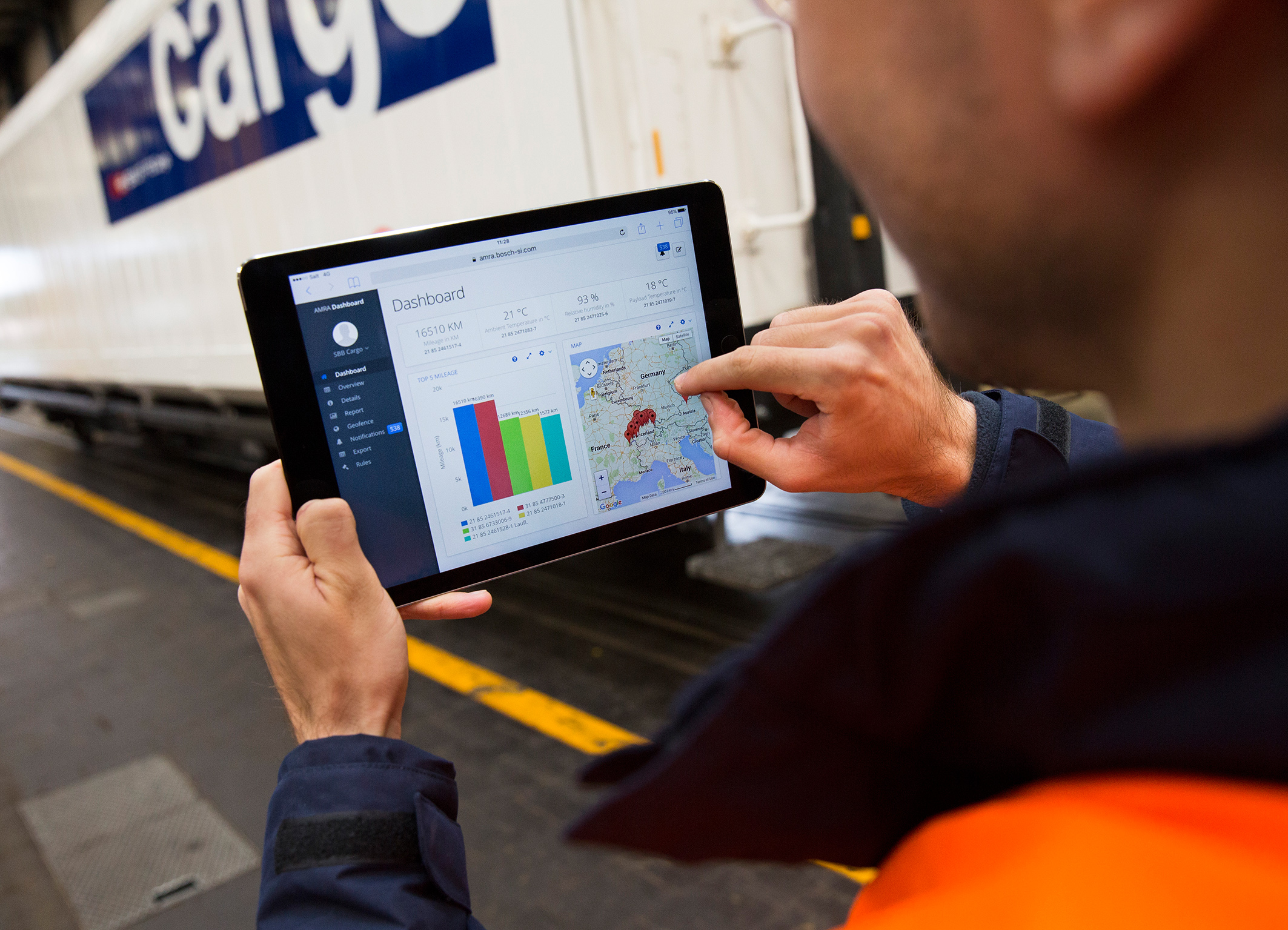 Connected technology for efficient logistics