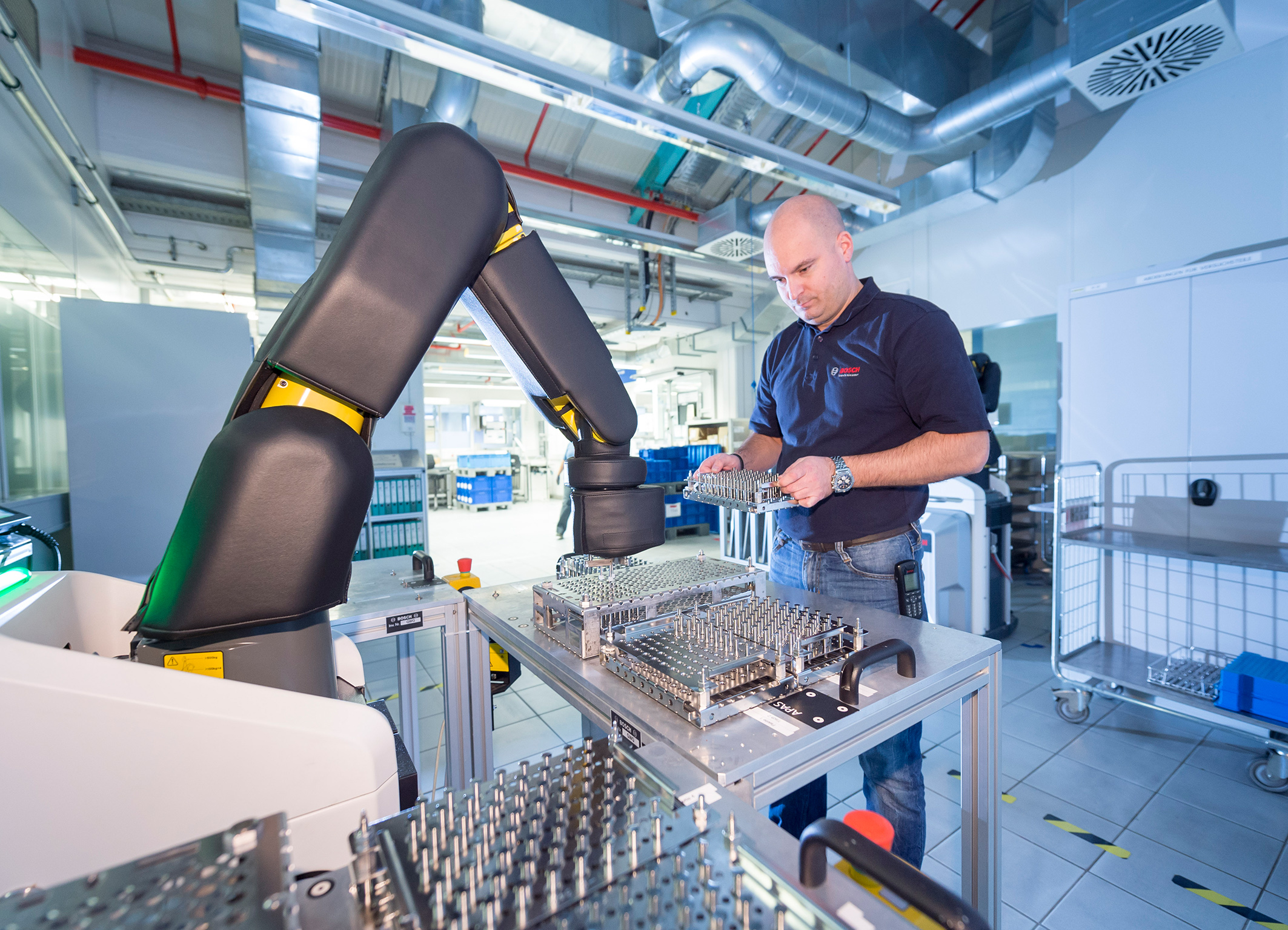 Industry 4.0 at Bosch – automatic production assistant