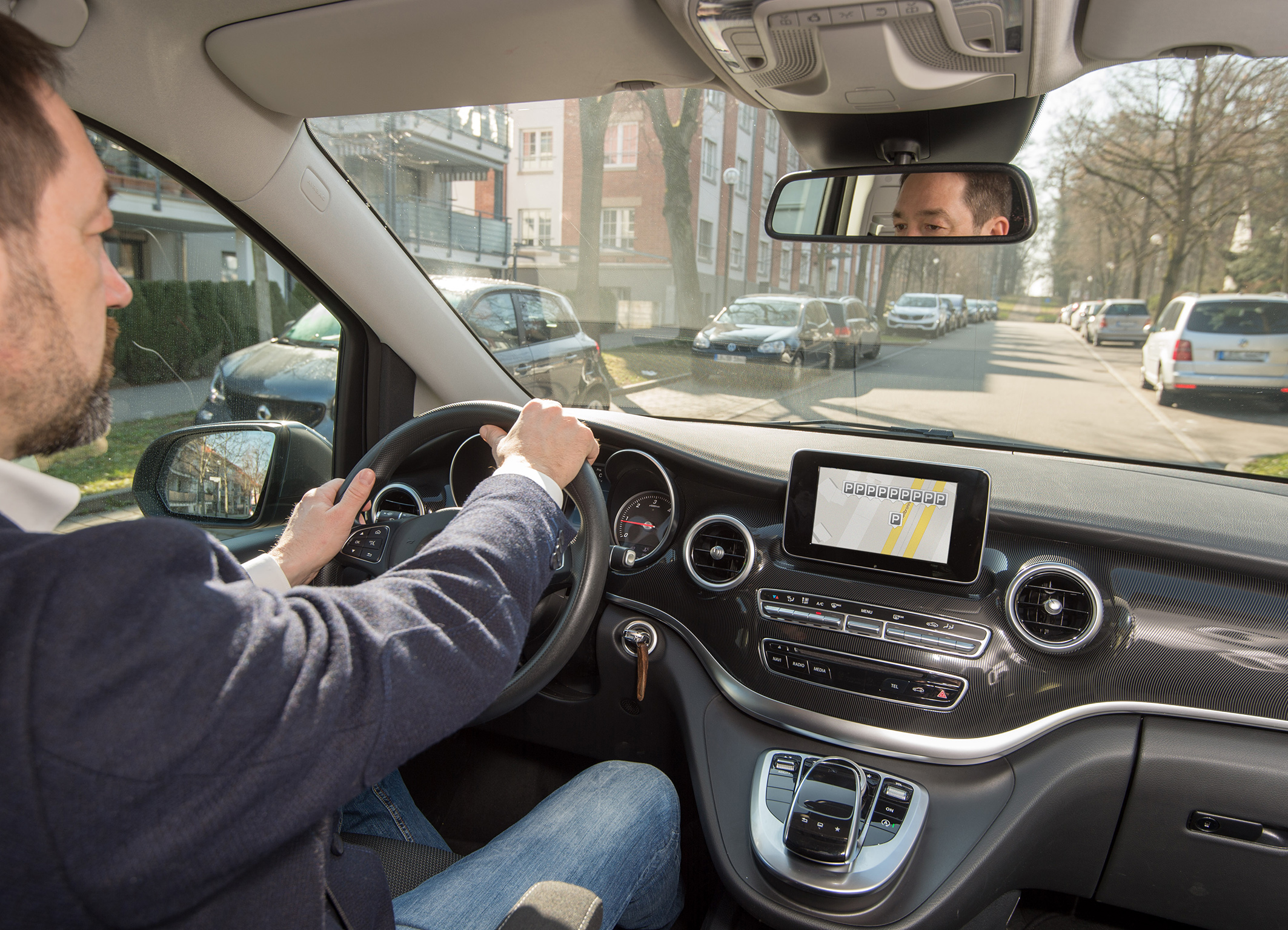 Bosch lets cars find parking spaces themselves