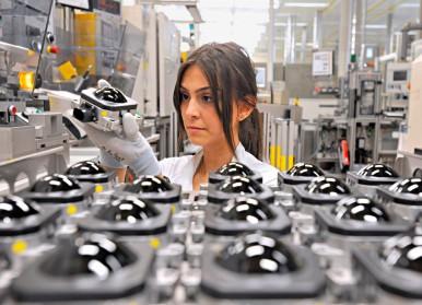 Bosch produce senzorul radar cu numărul un milion