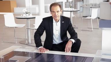 Bosch-Chef Denner erhält den Leadership Award Connected World 2016