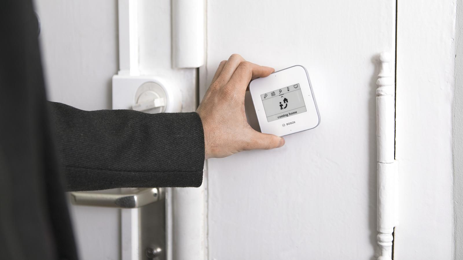 Bosch Kühlschrank Alarm : Home smart home bosch macht das haus schlau bosch media service