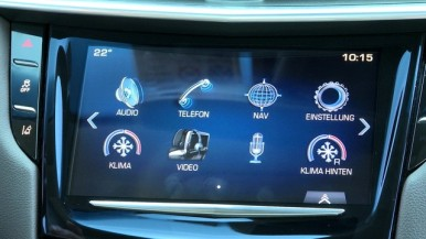 Infotainment system with voice recognition